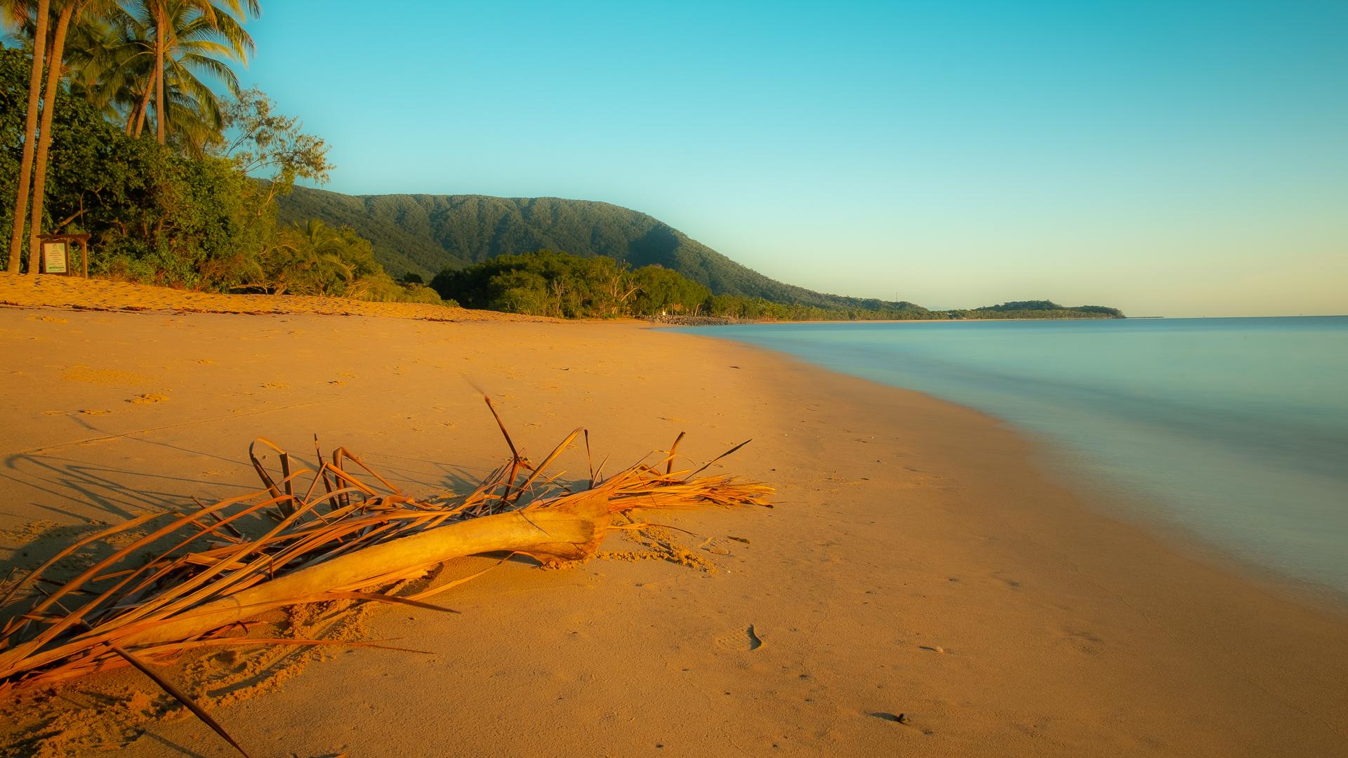 Great Barrier Riff und der tropische Regenwald in Queensland